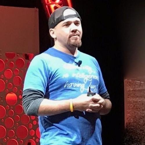 Brian Fanzo iSocialFanz — Motivational Speaker