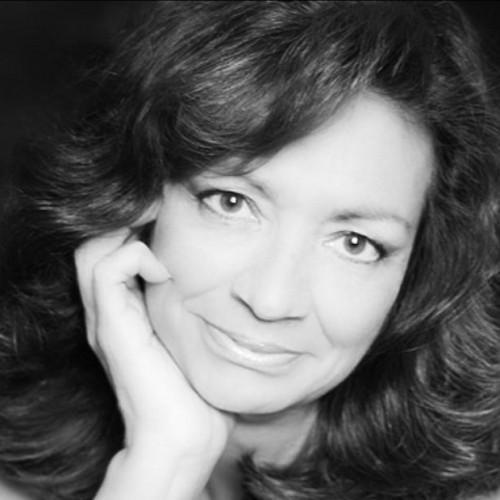 Elena Thompson — Motivational Speaker