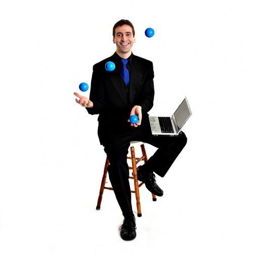 Do Good & Juggle Keynotes & Teambuilding — Motivational Speaker